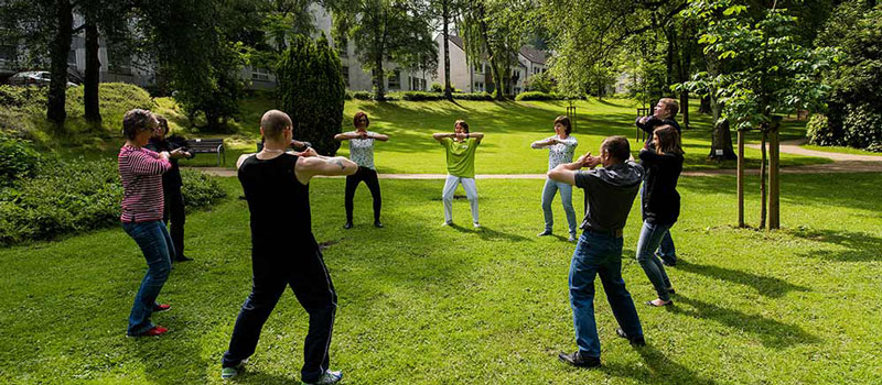 Fachklinik Möhringsburg - Training im Park
